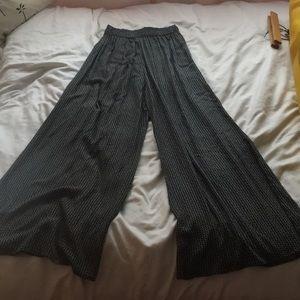 Brandy Melville High Waisted Flowy Pants